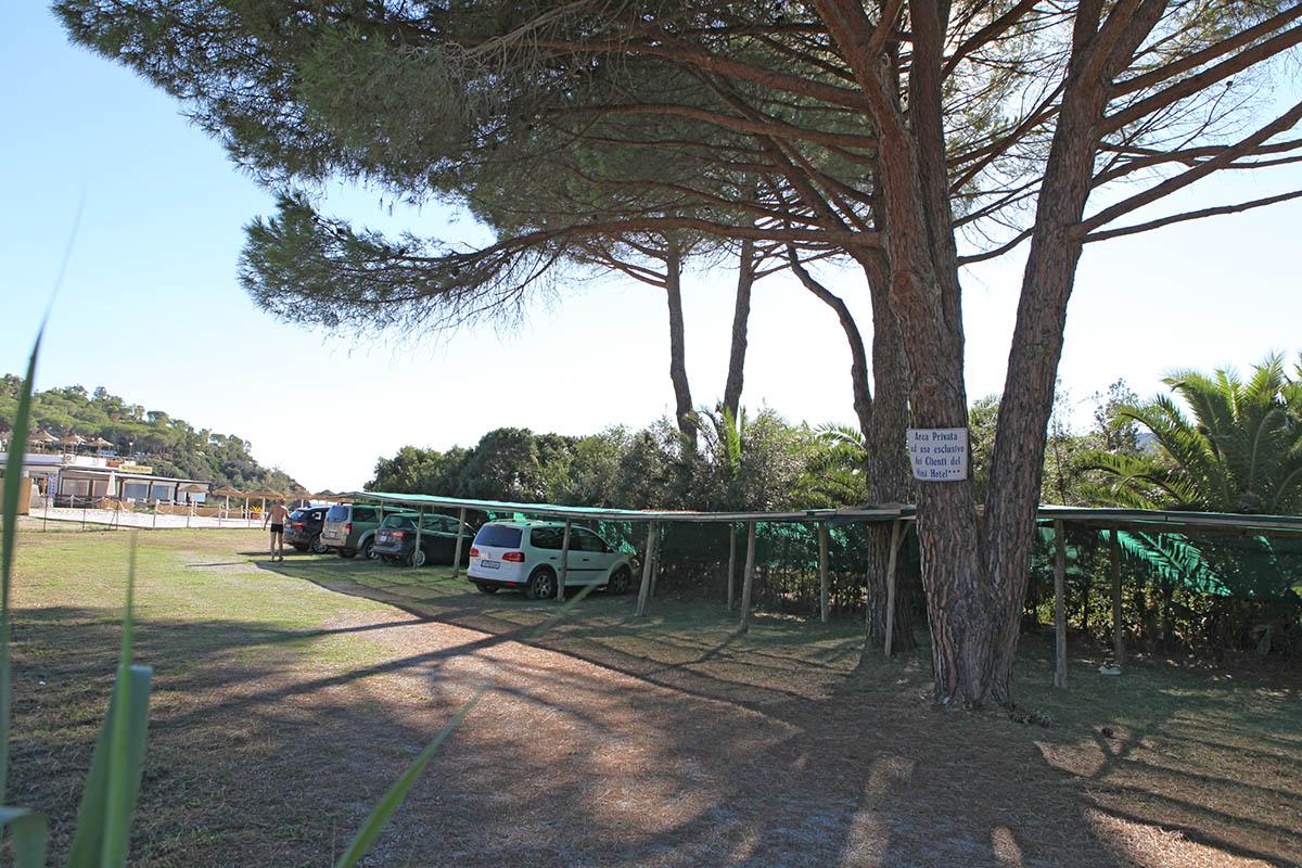 Parcheggio spiaggia Lacona